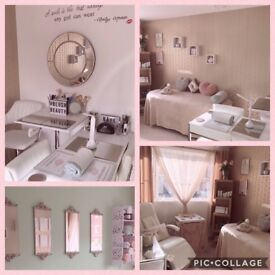 Beauty Therapist fully qualified offering eyelash extensions, nail extensions, HD Brows and more.