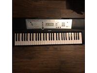 Yamaha YPT-200 Electic Keyboard