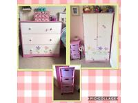 Girls wardrobe & drawers