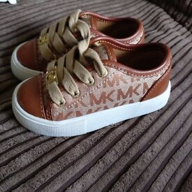 Genuine Brand New Leather Micheal Kors Sandshoes