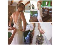 Size 6/8 beach / destination backless plunge neckline designer wedding dress - Kobus Dippenaar
