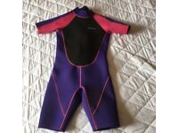 Mountain warehouse shorty wetsuit 11-12yrs excellent condition perfect for summer holidays