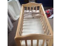 Saplings glider/rocker crib with coir mattress, protector and bumpers
