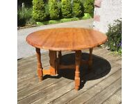 Pine drop leaf dinning table