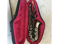 ALTO SAXOPHONE - Vintage finish with case, reeds, carry straps, sling, cleaning tool and music incl.