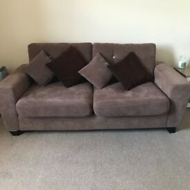 Brown 3 seater sofa in excellent condition