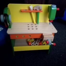 Little wooden tool bench