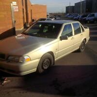 2000 Volvo S70 FOR SALE!! GREAT WINTER BEATER!!!