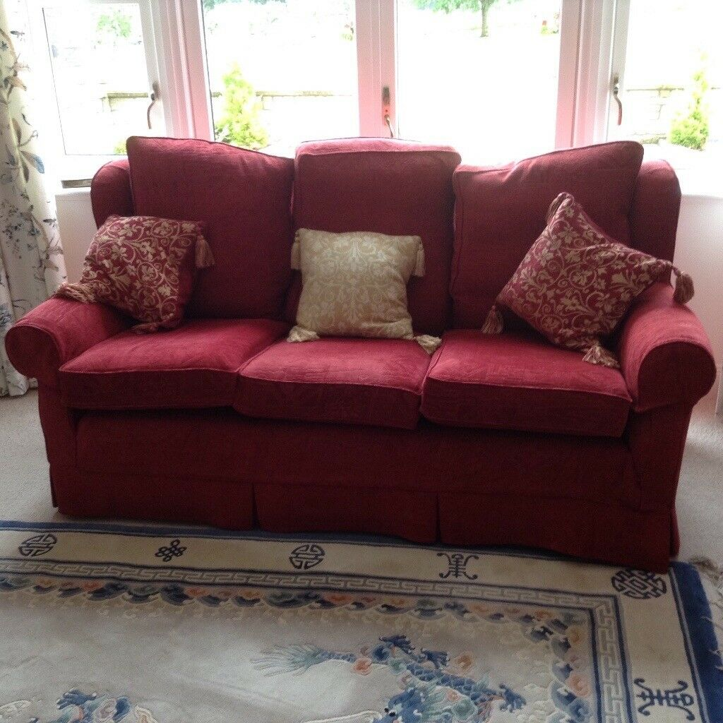 Multiyork Settee And Two Matching Armchairs In Melrose