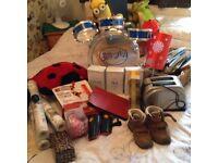 Loads of items £1 each