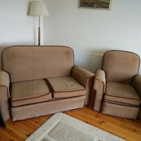 Free Vintage Three Piece Suite