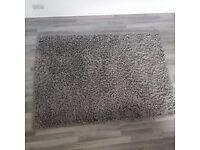 Medium pile grey rug (47'x67')