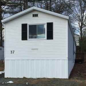 3 bedroom mini home in convenient Bridgewater location