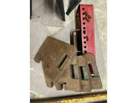 Tractor weights 4x 45kg and hanging frame
