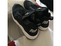 (NEW) Nike women huarache ultra black uk5