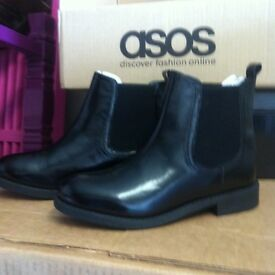 Brand new leather Chelsea boots (6)