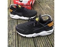 Nike air huaraches 2013 trainers size 6