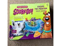 Scooby Doo: Escape the Phantom Race Game with Motorised Ghost Whooooa