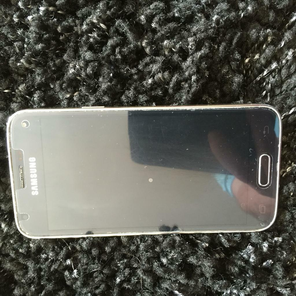 Samsung s5 miniin Team Valley Trading Estate, Tyne and WearGumtree - Samsung s5 mini in excellent condition always has screen protector on no signs of wear as always been in case comes with box and charger no earphone as they have been used phone is unlocked for any network £100 ovno