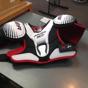 Bauer Vapor 3D shoulder pads - Jr M - (sku: KPJFYS)