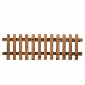 wood timber picket fence