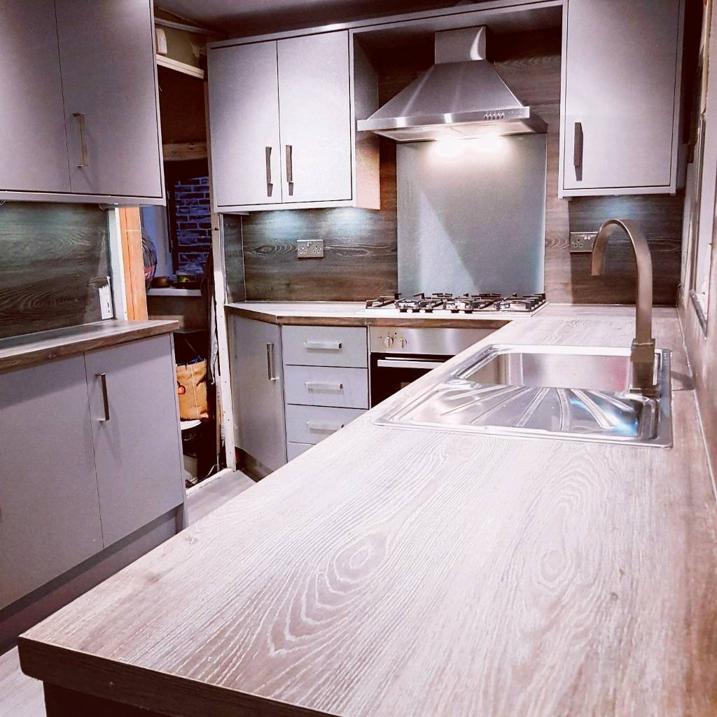 Professional Kitchen Bedrooms And Bathroom Ing Service Bradford West Yorkshire