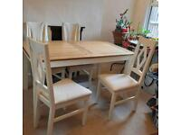 URGENT! Solid Oak extending table and 6 chairs
