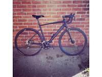 Road bike. Disk brake shimano 105 cyclocross