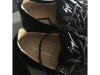 Giuseppe Zanotti low zip croc velvet black