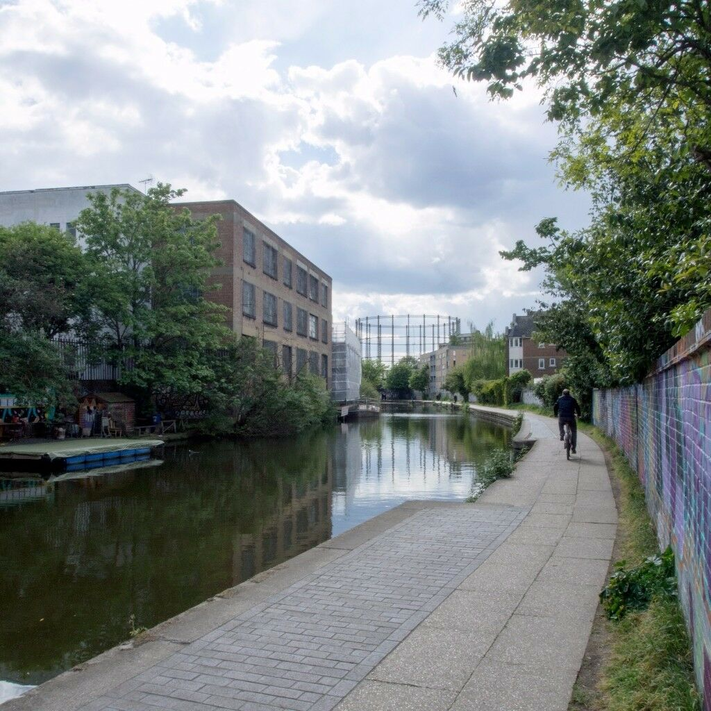 Beautiful Canal Side Studio Space in Vyner Street, East London