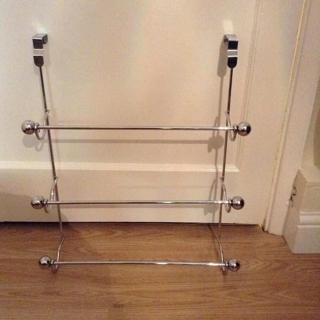 Heavy duty over door towel rail