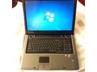 ASUS m70v,17inc screen, 500gb hd, 4gb ram. core2duo p7350-2.0GHz, hdmi , san disk