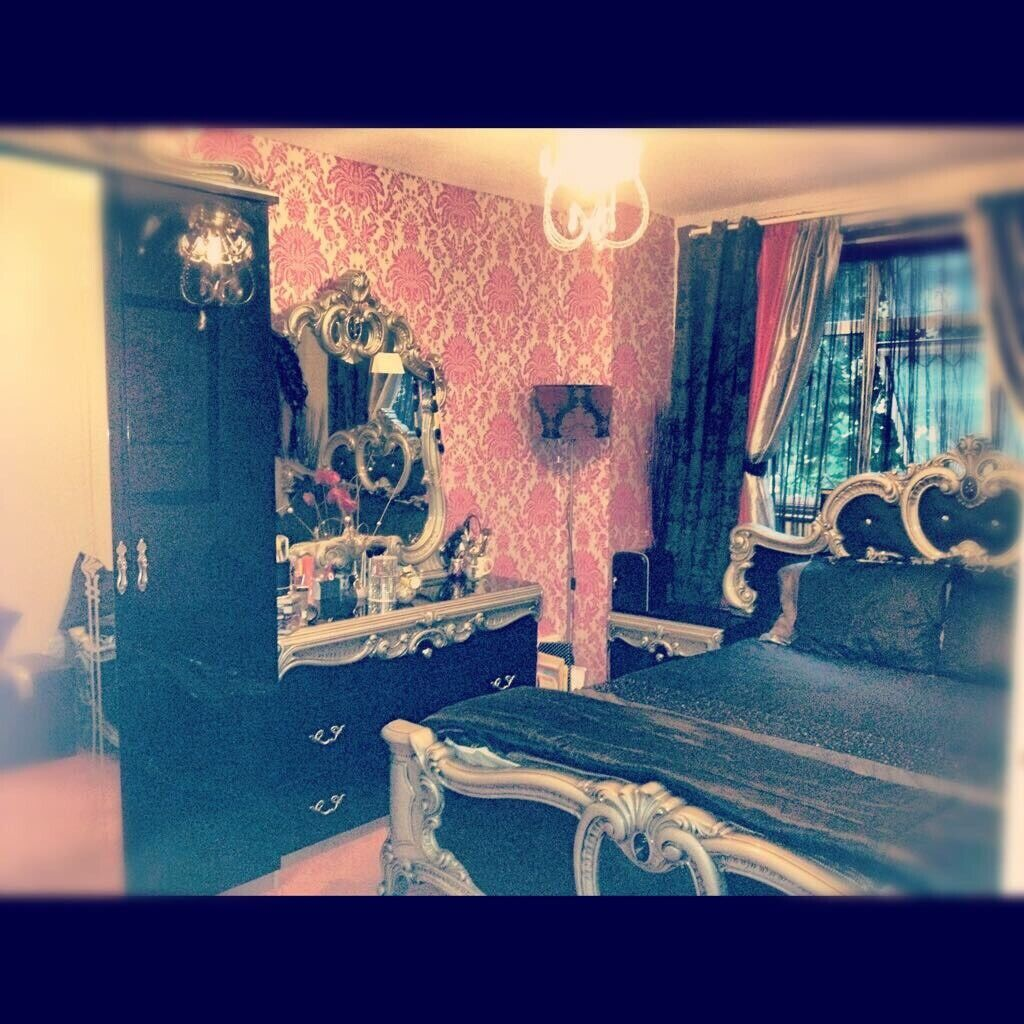 Full Set Antique Italian Princess Furniture