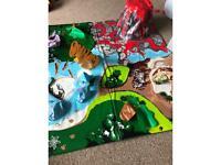 Giant 1m x1m dinosaur play mat!