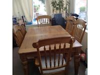 Solid Oak extendable table with 6 chairss