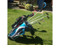 Great condition junior golf clubs with bag