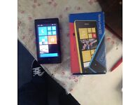 Nokia Lumia 520 unlocked looks nearly new black with box and charger