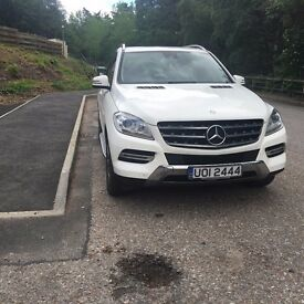 Mercedes ML250 excellent showroom condition inside and out