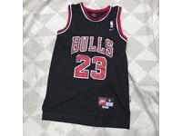 Bulls 23 Jordan NBA jersey top size small
