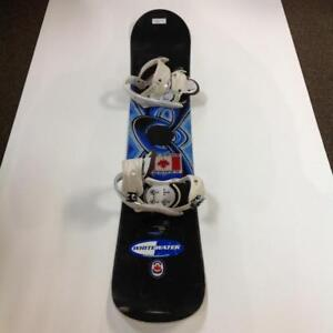 GNU Snowboard With Bindings (9ATEE7)