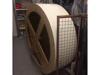 Free Circular Plinth (collection only)