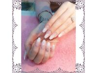 ** SPECIAL OFFER - ACRYLIC NAILS £18 - SHELLAC NAILS £10 **