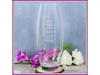 An ideal gift for Mothers day brand new ravenshead vase