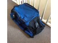 Blue/black Canvas Holdall on Wheels