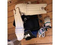 Full boys cricket bag aged 9-11 brand new