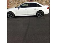 White B8 Audi A4 2.0 Black edition