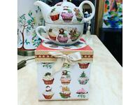 Christmas Teapot and Cup Tea-For-One set