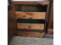 Ducal pine cupboard draws