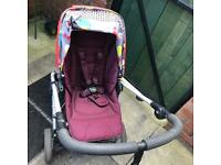 Mama and Papas Sola 2 Travel System