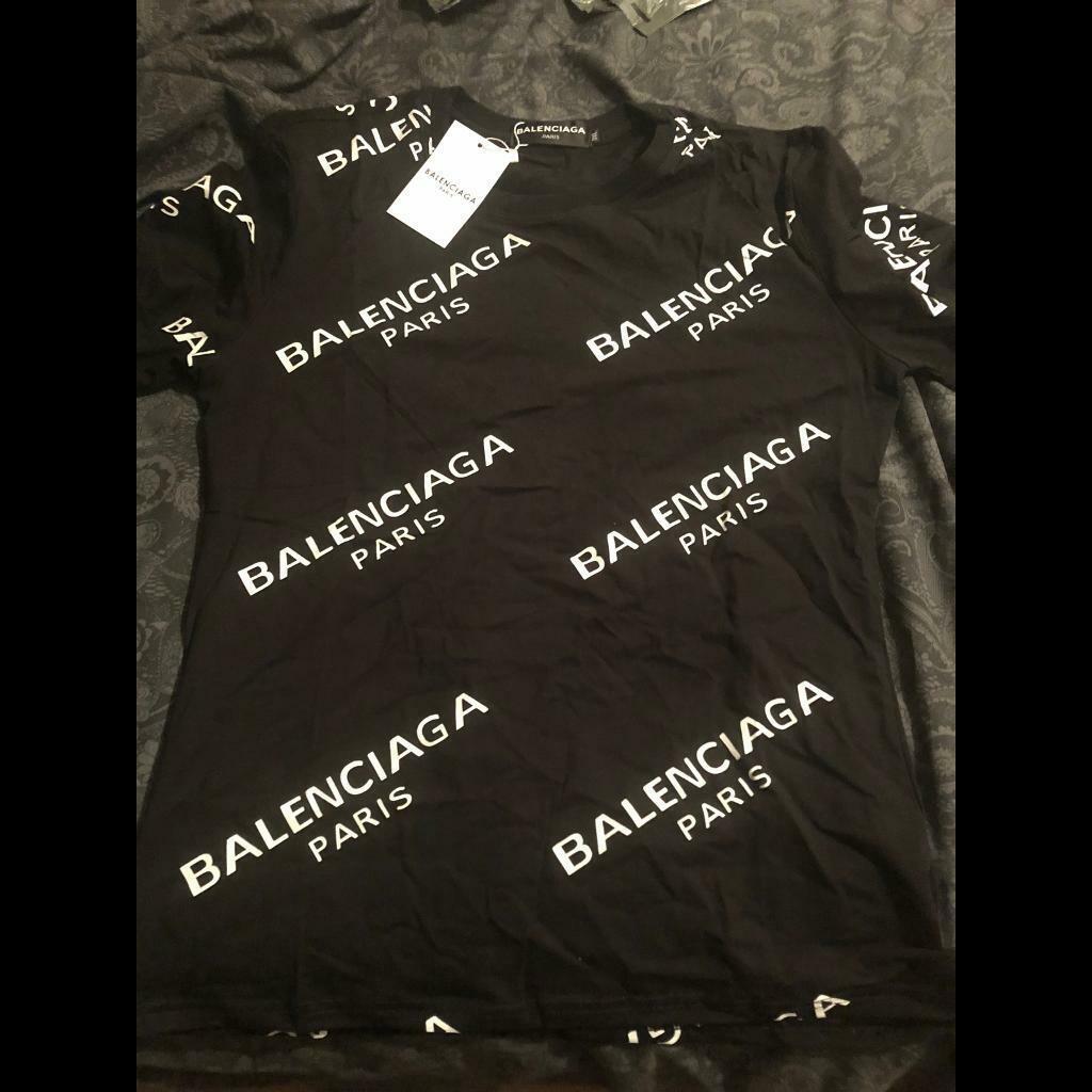 37272578e59 Balenciaga t shirt size large